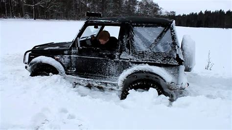 Snow Plow For Suzuki Samurai Suzuki Samurai Stuck In Snow