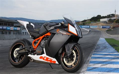 New Ktm Rc8 Cool Bikes Ktm Rc8