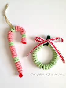 Candy cane and wreath ornament craft 25 winter and christmas crafts