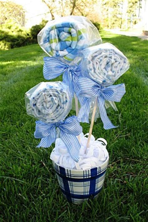 craft ideas for baby shower gifts crafter on a budget diy baby shower gift ideas