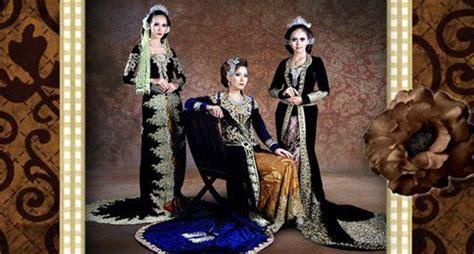 foto pengantin jawa beludru hitam 8 gaya kebaya pernikahan simpel nan chic yang bikin kamu