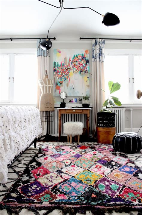Artsy Bedrooms by Such A Beautiful Boho Artsy Bedroom That Boucherouite Rug