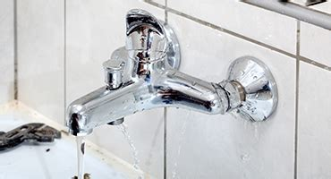 Aqualine Faucets by Choosing A Water Efficient Kitchen Faucet Aqualine