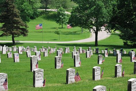 panoramio photo of iowa veterans home cemetery