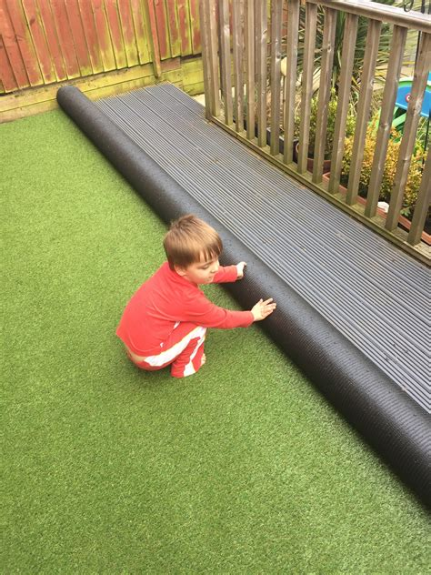 artificial grass  decking project picnic