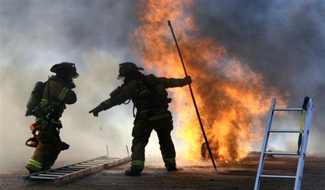 imagenes feliz dia bombero feliz dia bombero v argentino taringa