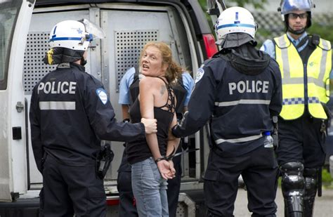 Pete Doherty Arrested At Peace Protest Rally Kidding Its Drugs Again by It S Like A Tourists Find Grand Prix Protests