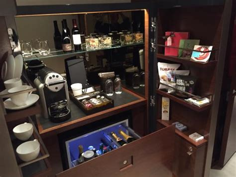 Bar In Hotel Room Onyx Room At Park Hyatt Picture Of Park Hyatt New York