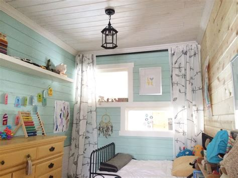 turning a sunroom into a bedroom best 25 small boys bedrooms ideas on pinterest corner