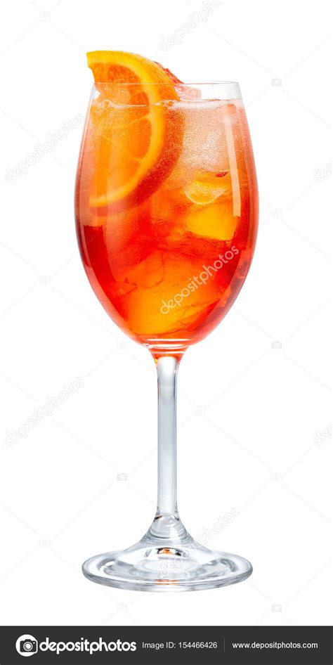 bicchieri aperol spritz bicchiere di aperol spritz foto stock 169 zmaris