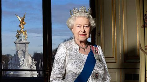 queen elizabeth the second the queen as a poker player pokerknave