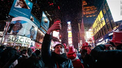 new year parade times times square new year s celebration by the numbers