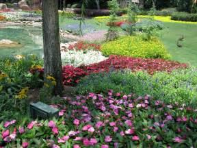 world gardens victoria gardens in disney world s epcot pay tribute to