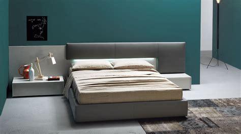 testata letto imbottita ladari da letto