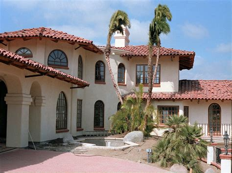 spanish revival spanish revival architecture spanish architecture homes