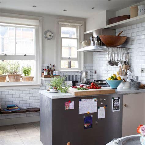 disenos de cocina en espacios pequenos decoracion de cocinas