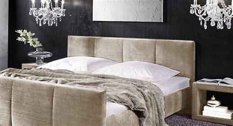 polsterbett hohes kopfteil polsterbett mit bettkasten und matratze bestellbar caserta