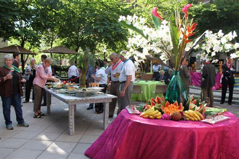 How To Throw A Backyard Wedding Hawaiian Luau Party Superb Cuisines