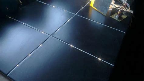 entwerfen sie ein badezimmer fußboden plan badezimmer boden badeinrichtung mit leuchtenden fliesen