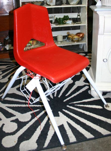 Best Spray Paint For Plastic Chairs - 25 best ideas about painting plastic chairs on