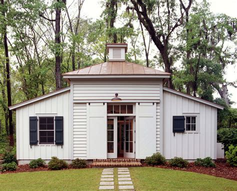 tobacco house historical concepts home design 28 images tobacco barn guest house traditional