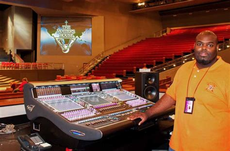 td jakes potters house t d jakes potter s house mega church in dallas tranforms audio infastructure with trio