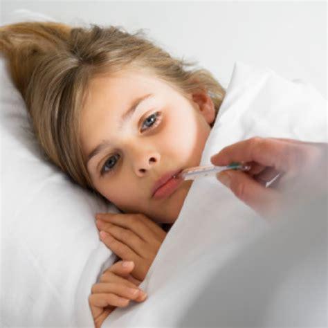 fieber bei kindern ab wann niedriges fieber fur 7 tage bei erwachsenen sokolposters