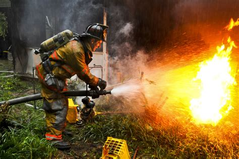 how to put out a fireplace putting out fires army pvt 1st class lucas ternell a vol flickr