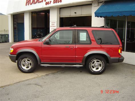 Ford Explorer 1998 by 1998 Ford Explorer Information And Photos Momentcar