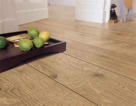 pavimento vinilico prezzo pavimenti laminati prezzi pavimento da interni costo