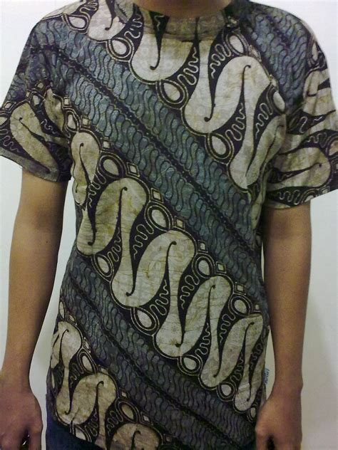 Canting Peplum Blouse Batik 301 moved permanently