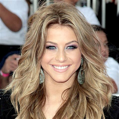 julianne hough shattered hair julianne hough s changing looks instyle com