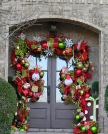 Christmas Door Garland Ideas