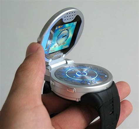 interesting gadgets g108 watch phone been wondering when someone would make