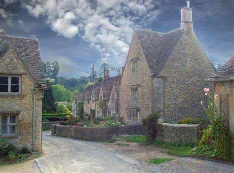 Gloucestershire Cottages by Quot Bibury Gloucestershire Quot By Stirland At Picturesofengland