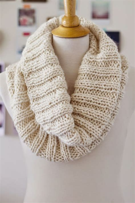 free knitting patterns scarves pinterest best 25 free scarf knitting patterns ideas on pinterest