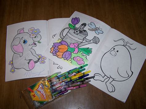 crayon picture book how to wrap coloring book and crayons coloring crayola