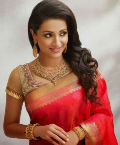 One Side Hairstyles Accessories by 12 Hairstyles To Go With A Saree Lifecrust