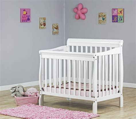 Aden 3 In 1 Convertible Mini Crib White New Sealed Baby Mini Baby Crib