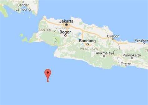earthquake java today shallow 6 3 magnitude earthquake hits off indonesia s java