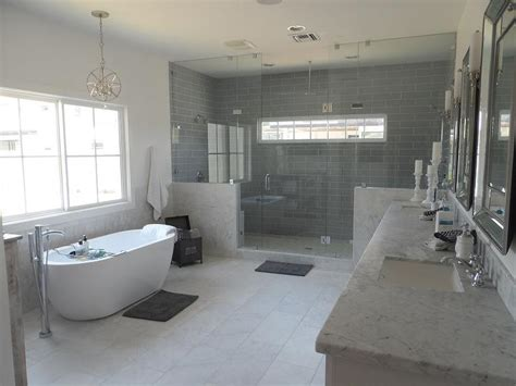 tub for two staggered marble shower tiles design ideas