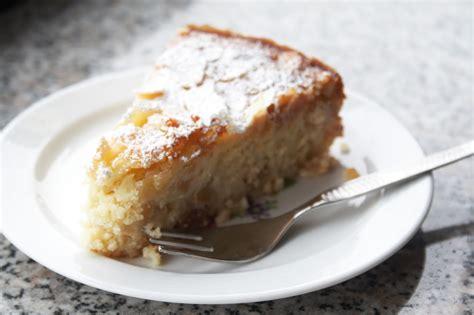 kuchen mit ricotta supersaftiger ricotta mandel kuchen mit apfelst 252 ckchen