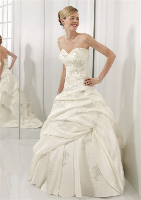 Corset Style Wedding Dresses by Corset Wedding Dresses A Trusted Wedding Source By Dyal Net