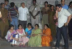 Lotus Pond Hyderabad Jagan House Address Pics For Gt Jagan Mohan Reddy House In Lotus Pond