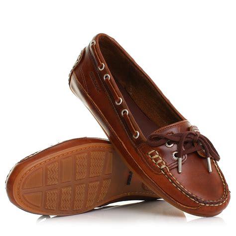 womens sebago bala brown waxy moccasin leather deck