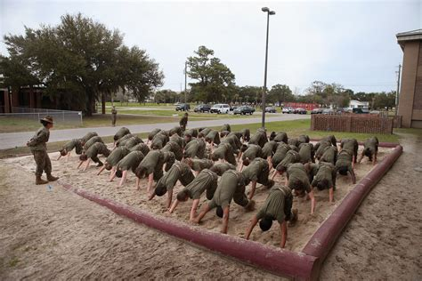 boat to pari island women attend marine boot c at parris island south