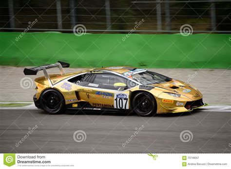 Lamborghini Racing Team Italian Gt Cup Lamborghini Hurac 225 N Racing At Monza