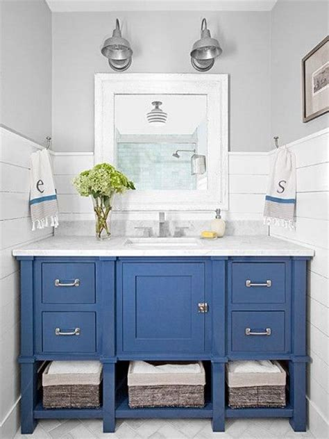 blue bathroom cabinets 25 best ideas about painting bathroom vanities on pinterest painted bathrooms diy