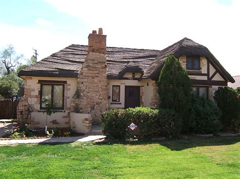 Cottage House Definition Arizona Realtor Buy Sell Relocate Invest In