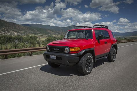 toyota fj cruiser road review caradvice